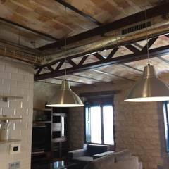 Cozinhas embutidas  por Interiorismo Cemar Constructores en Alicante