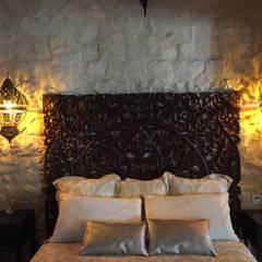 DORMITORIO MATRIMONIO: Dormitorios de estilo  de Interiorismo Cemar Constructores en Alicante