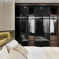 غرفة الملابس تنفيذ 層層室內裝修設計有限公司