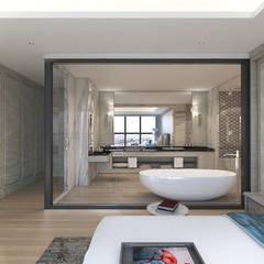 信義路奢華大宅:  浴室 by 芮晟設計事務所