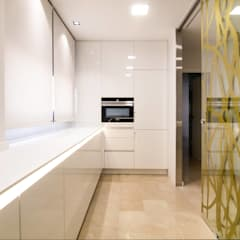 Dapur built in by Keinzo Interiores