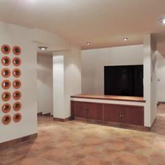 Casa Tesalia / DOOR arquitectos: Comedores de estilo minimalista por DOOR arquitectos