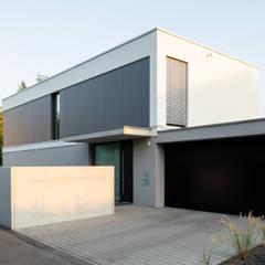 SC14 Einfamilienhaus im Raum Göppingen:  Einfamilienhaus von Schiller Architektur BDA