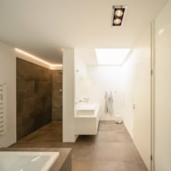Great Badezimmer Architektur Photos # Minimalistische ...