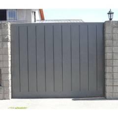 Puertas de Herreria: Puertas de estilo  por Herrería Querétaro