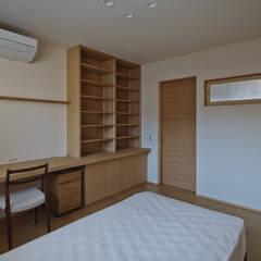 京都市G邸: 空間工房 用舎行蔵 一級建築士事務所が手掛けた子供部屋です。