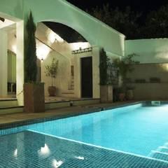Garden Pool by Mirasur Proyectos S.L.