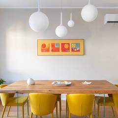 Living: Sala da pranzo in stile in stile Moderno di Facile Ristrutturare