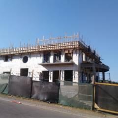 Casa en Valle Escondido: Casas unifamiliares de estilo  por Casas del Girasol- arquitecto Viña del mar Valparaiso Santiago