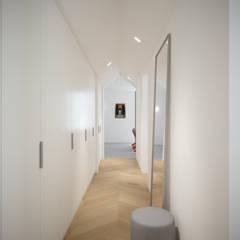 Corridoio: Ingresso & Corridoio in stile  di Moretti MORE