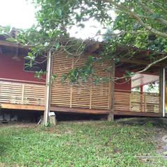 Casa de sítio: Casas do campo e fazendas  por Escritorio de Arquitetura Karina Garcia