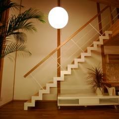 Stairs by 株式会社高野設計工房