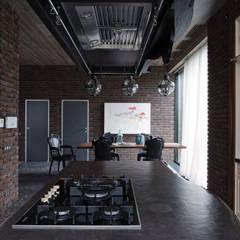 Anexos de estilo escandinavo por Архитектурная студия Чадо