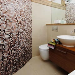 Oast House Restoration:  Bathroom by Pfeiffer Design Ltd