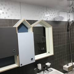 modern Bathroom by 디자인K하우징