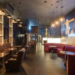Дизайн входного зала кальян-бара: Бары и клубы в . Автор – Art-i-Chok