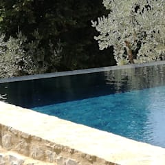 Garden Pool by STUDIO MORALDI