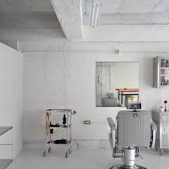 MAETA BARBER LIFE: TRANSFORM  株式会社シーエーティが手掛けたオフィススペース&店です。