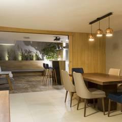 diseño interior jardín adentro: Comedores de estilo  por Adrede Diseño