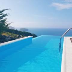 Infinity pool by PE. Projectos de Engenharia, LDa, Modern