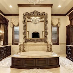 Mediterranean Bathroom:  Bathroom by Subramanian- Homify