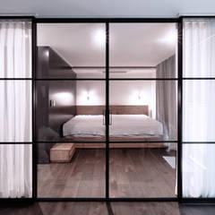 침실: WITHJIS(위드지스)의  침실