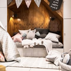Teen bedroom by Family Cozy