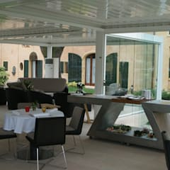 cucina a vista: Gastronomia in stile  di ZED EXPERIENCE - indoor & outdoor kitchen