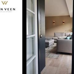 WOONKAMER VIEW: moderne Studeerkamer/kantoor door VAN VEEN Interior Design