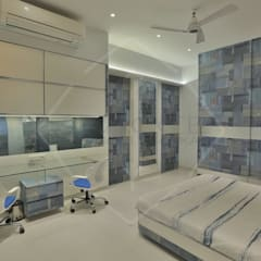 'out of the 'blue' '...an expression in modern interiors:  Bedroom by SPACCE INTERIORS