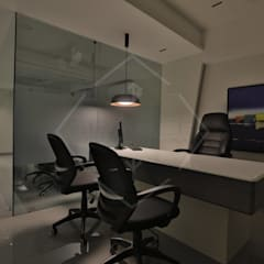 ..just for a change:  Commercial Spaces by SPACCE INTERIORS