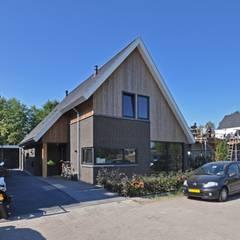 Eigentijdse woning: landelijke Huizen door Bongers Architecten