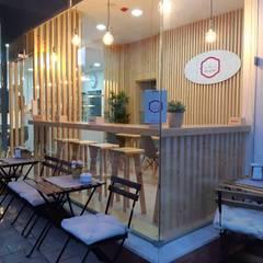 Pastelaria : Espaços de restauração  por Drevo - Construção e Reabilitação em Madeira, Unipessoal, Lda