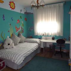 Decoración de dormitorios sin necesidad de reformarlos en Madrid: Habitaciones de niños de estilo  de Almudena Madrid Interiorismo, diseño y decoración de interiores