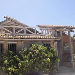 LEVANTAMIENTO DE PLANOS A CASA EN LOS ROQUES: Casas de estilo  por DIBUPROY F.P.