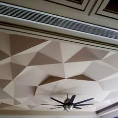Duplex, Vasant Vihar:  Media room by Chaukor Studio
