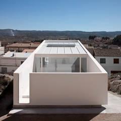 Casas de estilo mediterráneo de FRAN SILVESTRE ARQUITECTOS Mediterráneo