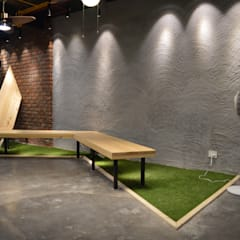 Interior Commercial Space :  Media room by Planet Design and associate