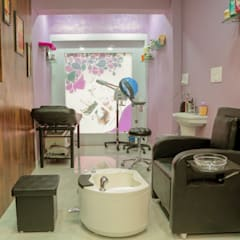 Manicure/Pedicure  and Facial Area.:  Commercial Spaces by ZEAL Arch Designs
