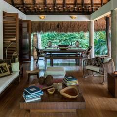Salon de style de style Tropical par NOAH Proyectos SAS