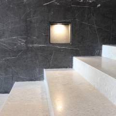 PROYECTO PISO CASA RIO MADEIRA: modern Study/office by YACARE MARMOLES