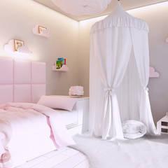 Girls Bedroom by Mono architektura wnętrz Katowice