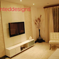 Residence Interior: tropical Bedroom by unlimteddesigns/bansal designs
