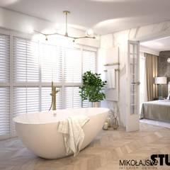 łazienka przy sypialni: styl , w kategorii Łazienka zaprojektowany przez MIKOŁAJSKAstudio
