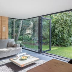 modern Conservatory by Richèl Lubbers Architecten