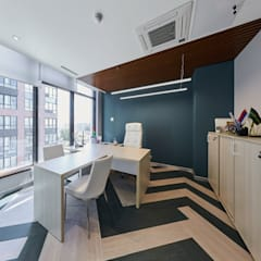 Office buildings by Style Home