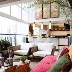 Inside Contemporâneo Oriental Tatuapé Varandas, alpendres e terraços clássicos por INSIDE ARQUITETURA E DESIGN Clássico Vidro