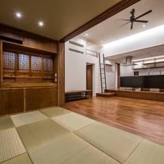 : modern Media room by LSDdesign株式会社