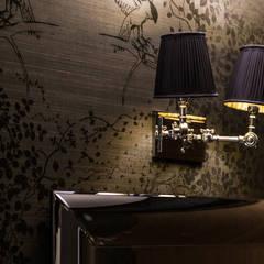 Zdjęcie kinkietów: styl , w kategorii Korytarz, przedpokój zaprojektowany przez Viva Design - projektowanie wnętrz