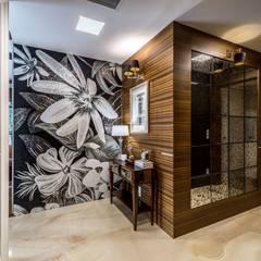 Zdjęcie holu: styl , w kategorii Korytarz, przedpokój zaprojektowany przez Viva Design - projektowanie wnętrz